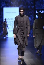 Model walk the ramp for Shantanu and Nikhil Show at Lakme Fashion Week 2016 on 27th Aug 2016 (1866)_57c2d6fad021d.JPG