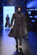 Model walk the ramp for Shantanu and Nikhil Show at Lakme Fashion Week 2016 on 27th Aug 2016 (1867)_57c2d6fd228aa.JPG
