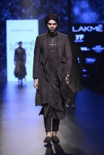 Model walk the ramp for Shantanu and Nikhil Show at Lakme Fashion Week 2016 on 27th Aug 2016 (1868)_57c2d6feae76f.JPG