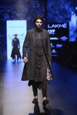 Model walk the ramp for Shantanu and Nikhil Show at Lakme Fashion Week 2016 on 27th Aug 2016 (1869)_57c2d7002a0c0.JPG