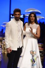 Mugdha Godse, Rahul Dev walk the ramp for Rajesh Pratap Singh Show at Lakme Fashion Week 2016 on 27th Aug 2016 (106)_57c2da76167bf.JPG