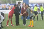 Ranbir Kapoor, Nita Ambani at an FootBalll Event on 27th Aug 2016 (47)_57c2c5dbc90b2.JPG