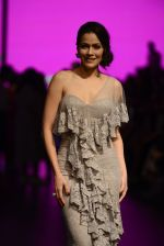 Waluscha de Sousa walk the ramp for Shantanu and Nikhil Show at Lakme Fashion Week 2016 on 27th Aug 2016 (1087)_57c2d1e682a7b.JPG