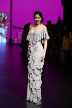 Waluscha de Sousa walk the ramp for Shantanu and Nikhil Show at Lakme Fashion Week 2016 on 27th Aug 2016 (1095)_57c2d20425bed.JPG