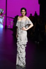 Waluscha de Sousa walk the ramp for Shantanu and Nikhil Show at Lakme Fashion Week 2016 on 27th Aug 2016 (1099)_57c2d2152d462.JPG