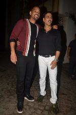 Akshay Kumar hosts a party in honour of Hollywood superstar Will Smith on 28th Aug 2016 (1)_57c3d59d9c03c.JPG