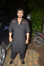 Arjun Kapoor at Akshay Kumar hosts a party in honour of Hollywood superstar Will Smith on 28th Aug 2016 (98)_57c3d602133b5.JPG