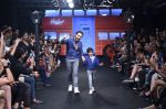 Emraan Hashmi walk the ramp for The Hamleys Show styled by Diesel Show at Lakme Fashion Week 2016 on 28th Aug 2016 (482)_57c3c676a1870.JPG