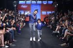 Emraan Hashmi walk the ramp for The Hamleys Show styled by Diesel Show at Lakme Fashion Week 2016 on 28th Aug 2016 (491)_57c3c6ac955aa.JPG