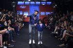 Emraan Hashmi walk the ramp for The Hamleys Show styled by Diesel Show at Lakme Fashion Week 2016 on 28th Aug 2016 (492)_57c3c6b26c22e.JPG