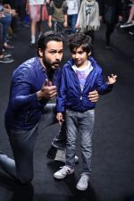 Emraan Hashmi walk the ramp for The Hamleys Show styled by Diesel Show at Lakme Fashion Week 2016 on 28th Aug 2016 (533)_57c3c784a1279.JPG