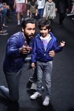 Emraan Hashmi walk the ramp for The Hamleys Show styled by Diesel Show at Lakme Fashion Week 2016 on 28th Aug 2016 (534)_57c3c78cb8ce3.JPG