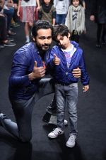 Emraan Hashmi walk the ramp for The Hamleys Show styled by Diesel Show at Lakme Fashion Week 2016 on 28th Aug 2016 (538)_57c3c7a361241.JPG
