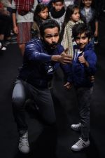 Emraan Hashmi walk the ramp for The Hamleys Show styled by Diesel Show at Lakme Fashion Week 2016 on 28th Aug 2016 (590)_57c3c8bbd6962.JPG