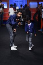 Emraan Hashmi walk the ramp for The Hamleys Show styled by Diesel Show at Lakme Fashion Week 2016 on 28th Aug 2016 (600)_57c3c8e5083db.JPG