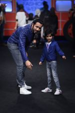 Emraan Hashmi walk the ramp for The Hamleys Show styled by Diesel Show at Lakme Fashion Week 2016 on 28th Aug 2016 (605)_57c3c8f65330d.JPG
