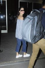 Katrina Kaif snapped at airport on 28th Aug 2016 (28)_57c3c2faca90e.JPG