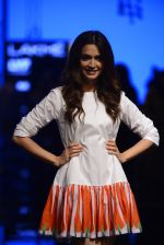 Model walk the ramp for Kunal Rawal Show at Lakme Fashion Week 2016 on 28th Aug 2016 (12)_57c3d8e517182.JPG