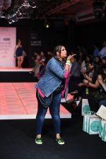 Model walk the ramp for Little Shilpa Show at Lakme Fashion Week 2016 on 28th Aug 2016 (335)_57c3c3964c5ea.JPG