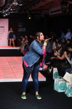 Model walk the ramp for Little Shilpa Show at Lakme Fashion Week 2016 on 28th Aug 2016 (336)_57c3c3989537a.JPG