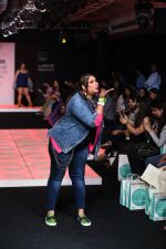 Model walk the ramp for Little Shilpa Show at Lakme Fashion Week 2016 on 28th Aug 2016 (337)_57c3c39a8248b.JPG
