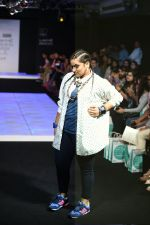 Model walk the ramp for Little Shilpa Show at Lakme Fashion Week 2016 on 28th Aug 2016 (412)_57c3c4122d334.JPG