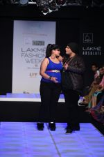 Model walk the ramp for Little Shilpa Show at Lakme Fashion Week 2016 on 28th Aug 2016 (432)_57c3c42e1f384.JPG