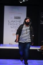 Model walk the ramp for Little Shilpa Show at Lakme Fashion Week 2016 on 28th Aug 2016 (447)_57c3c4416b8b7.JPG