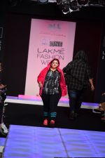 Model walk the ramp for Little Shilpa Show at Lakme Fashion Week 2016 on 28th Aug 2016 (454)_57c3c44a7b031.JPG