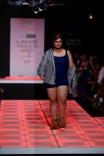 Model walk the ramp for Little Shilpa Show at Lakme Fashion Week 2016 on 28th Aug 2016 (319)_57c3c364446a9.JPG