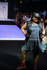 Model walk the ramp for Little Shilpa Show at Lakme Fashion Week 2016 on 28th Aug 2016 (365)_57c3c3c8c3f70.JPG