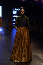 Model walk the ramp for Payal Khandwala Show at Lakme Fashion Week 2016 on 28th Aug 2016 (102)_57c3c61051acf.JPG