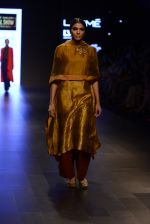 Model walk the ramp for Payal Khandwala Show at Lakme Fashion Week 2016 on 28th Aug 2016 (109)_57c3c6337fd59.JPG