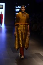 Model walk the ramp for Payal Khandwala Show at Lakme Fashion Week 2016 on 28th Aug 2016 (111)_57c3c63ceba9a.JPG