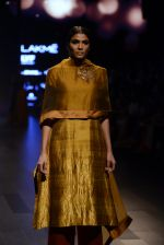 Model walk the ramp for Payal Khandwala Show at Lakme Fashion Week 2016 on 28th Aug 2016 (115)_57c3c64fa3c07.JPG