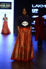 Model walk the ramp for Payal Khandwala Show at Lakme Fashion Week 2016 on 28th Aug 2016 (129)_57c3c693da916.JPG