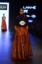 Model walk the ramp for Payal Khandwala Show at Lakme Fashion Week 2016 on 28th Aug 2016 (131)_57c3c69b68630.JPG