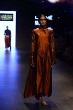 Model walk the ramp for Payal Khandwala Show at Lakme Fashion Week 2016 on 28th Aug 2016 (154)_57c3c70cb36ca.JPG
