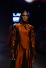 Model walk the ramp for Payal Khandwala Show at Lakme Fashion Week 2016 on 28th Aug 2016 (155)_57c3c710e9872.JPG