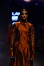 Model walk the ramp for Payal Khandwala Show at Lakme Fashion Week 2016 on 28th Aug 2016 (156)_57c3c71777d54.JPG