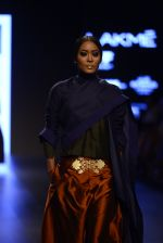 Model walk the ramp for Payal Khandwala Show at Lakme Fashion Week 2016 on 28th Aug 2016 (166)_57c3c742574d2.JPG