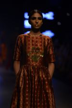 Model walk the ramp for Payal Khandwala Show at Lakme Fashion Week 2016 on 28th Aug 2016 (188)_57c3c7a7146cc.JPG