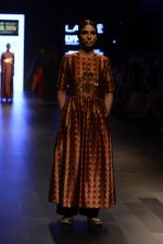 Model walk the ramp for Payal Khandwala Show at Lakme Fashion Week 2016 on 28th Aug 2016 (189)_57c3c7accf048.JPG