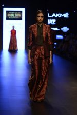 Model walk the ramp for Payal Khandwala Show at Lakme Fashion Week 2016 on 28th Aug 2016 (205)_57c3c803610fa.JPG