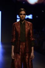 Model walk the ramp for Payal Khandwala Show at Lakme Fashion Week 2016 on 28th Aug 2016 (208)_57c3c812a7252.JPG