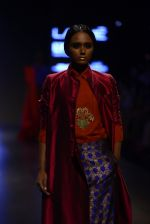 Model walk the ramp for Payal Khandwala Show at Lakme Fashion Week 2016 on 28th Aug 2016 (258)_57c3c8f1794e5.JPG
