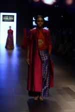 Model walk the ramp for Payal Khandwala Show at Lakme Fashion Week 2016 on 28th Aug 2016 (260)_57c3c8f8d2d21.JPG