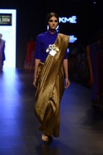 Model walk the ramp for Payal Khandwala Show at Lakme Fashion Week 2016 on 28th Aug 2016 (293)_57c3c96c0cd92.JPG