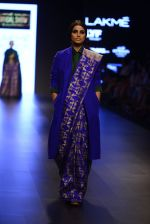 Model walk the ramp for Payal Khandwala Show at Lakme Fashion Week 2016 on 28th Aug 2016 (301)_57c3c98340378.JPG