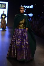 Model walk the ramp for Payal Khandwala Show at Lakme Fashion Week 2016 on 28th Aug 2016 (311)_57c3c9a6cac71.JPG